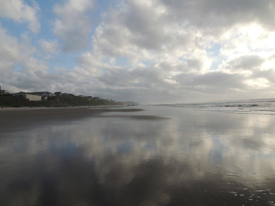 Surftides Lincoln City: A walk on the beach