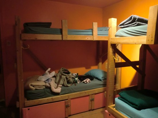 Alternative Hostel of Old Montreal: chambre rose