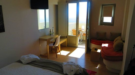 Panorama Boutique Hotel: small rooms, but cute!