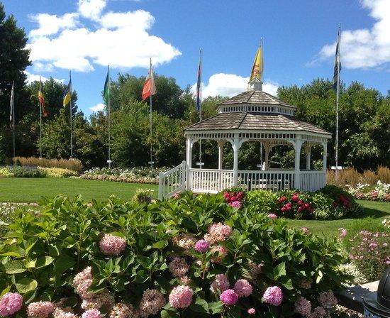 Windmill Island Gardens: gardens at Windmill Island
