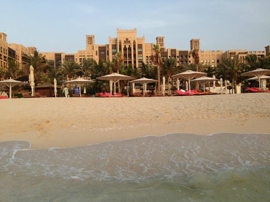 Jumeirah Mina A'Salam: View of the hotel and beach from the sea.