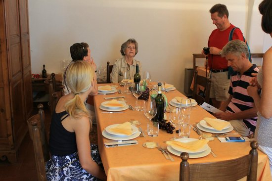 Villa Sant'Anna: A wonderful lunch and tasting with Simona and Margherita