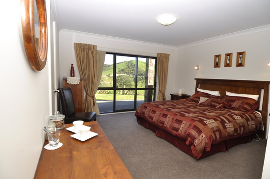Ohuka Place Homestay: Rimu Room