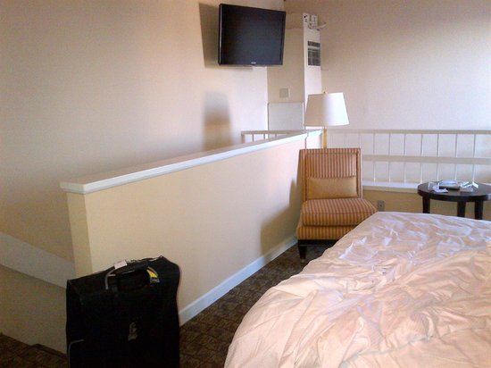 DoubleTree by Hilton Hotel Deerfield Beach - Boca Raton: Upstairs of Duplex Room