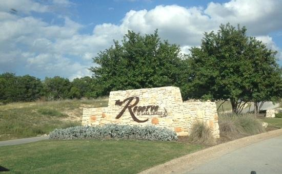 The Reserve At Lake Travis : the entrance