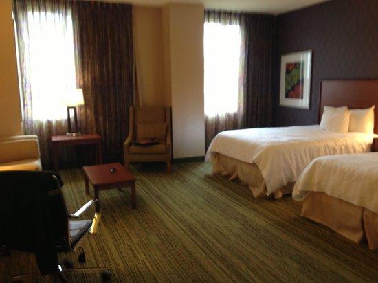Hampton Inn & Suites Denver Downtown: Queen Queen mini suite