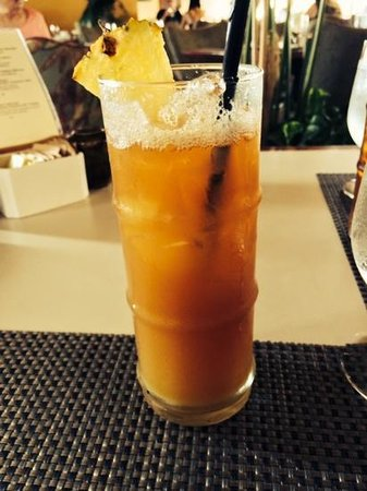 Merriman's: pineapple iced tea