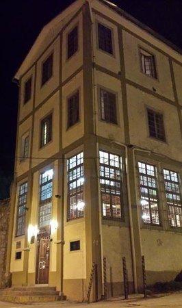 Don Bosco Hotel: Vista del Hotel desde la calle