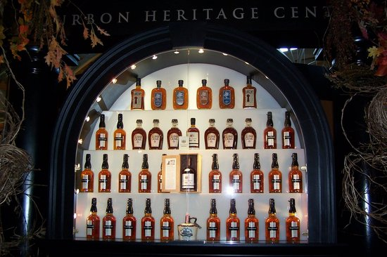 Heaven Hill Bourbon Heritage Center: display 1