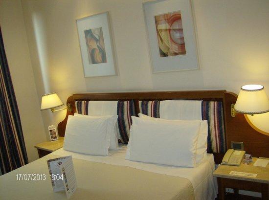 Hotel Laurus al Duomo: Habitación