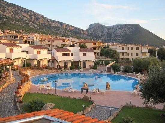 Hotel Nuraghe Arvu: poscina all'alba