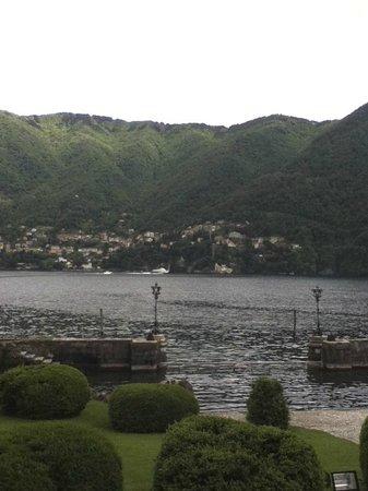 Villa Erba: 湖の眺め
