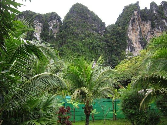 Aonang Phu Petra Resort, Krabi: vie from H103