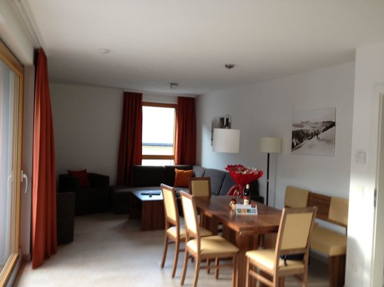 Living room - Picture of AlpenParks Residence Zell am See, Zell am ...
