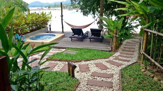 Cyana Beach Resort: Terrace of Deluxe Beach Front