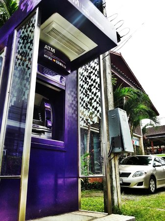 Andaman House: ATM near hotel