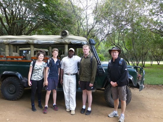 Mara Intrepids Luxury Tented Camp : Silus with our family.