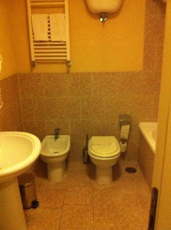 Hotel Eden: il bagno