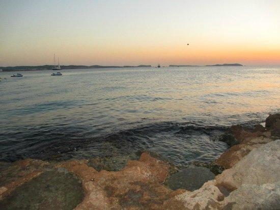 Florencio Hostal: Пляж.
