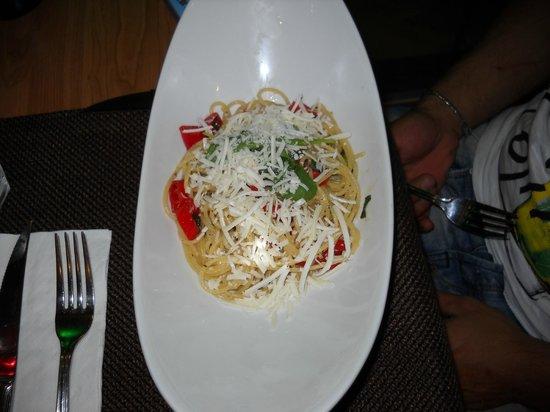 Tosca Restaurant : spaghetti aglio olio e peperoncino