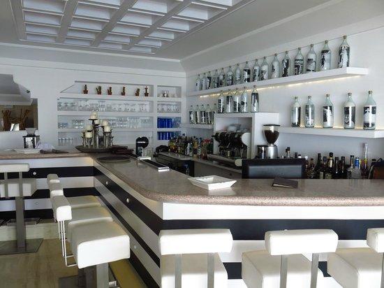 Myconian K Hotels: bar