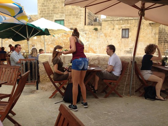 Cafe San Martino: Anna and the roof top terrace
