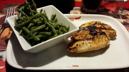 Buffalo Grill de Geneve Aeroport: Filet de poulet grillé