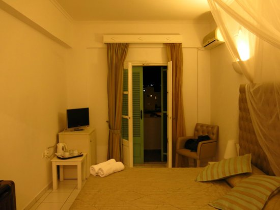 Daedalus Hotel : room2