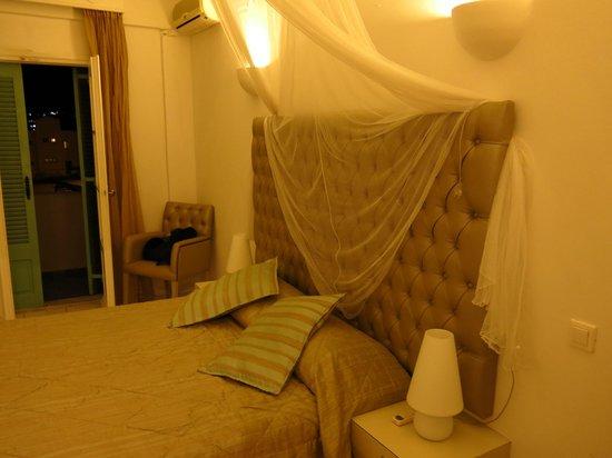 Daedalus Hotel : room