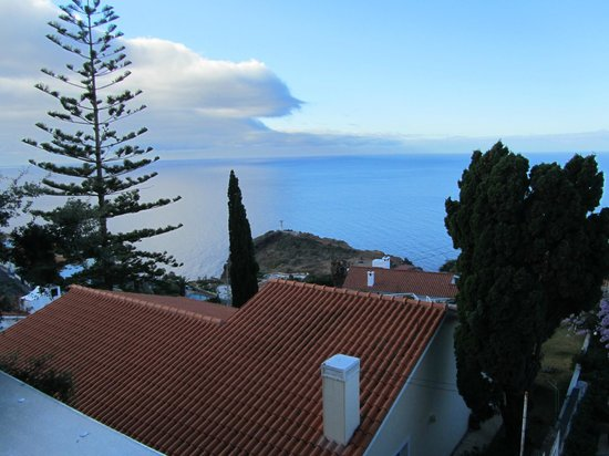 Dom Pedro Garajau: Вид с балкона