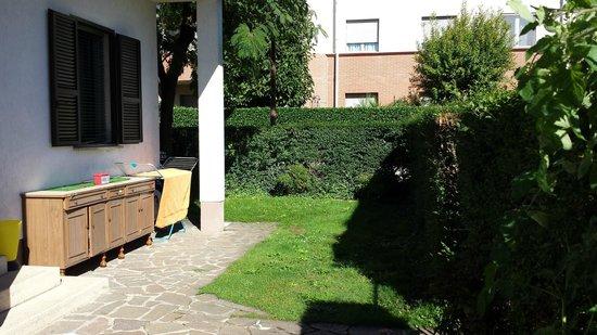 Casa Dori : giardino