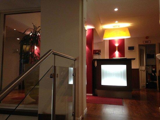 Leonardo Hotel Frankfurt City Center: reception