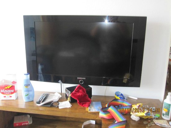 Apartamentos Mayaguez : Flat screen TV