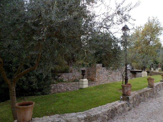 La Bastide de Valbonne: Extérieur