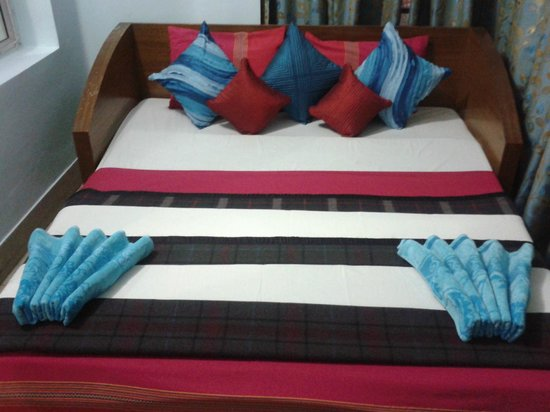Basera Guest House & Zo Rooms