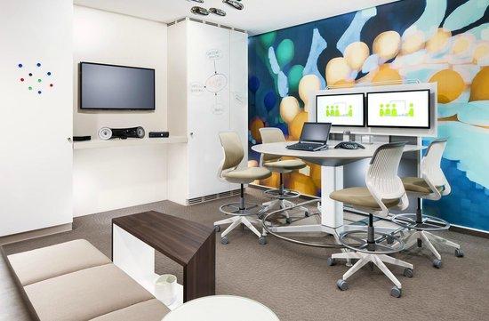 The Westin Grand Munchen: Creative Tangent Meeting Room