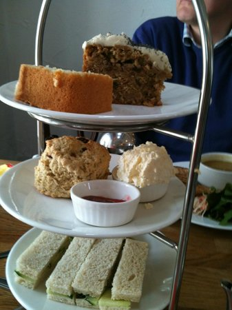 Gillam's: Traditional Afternoon Tea Sets