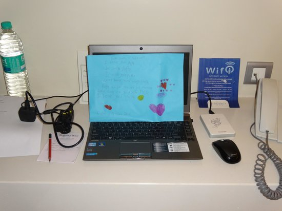 Residency Hotel Andheri: Vinithaa's reminder on the laptop