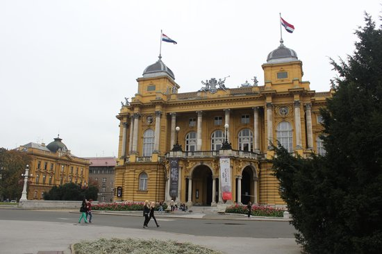 Croatian National Theatre in Zagreb: teatro nacional em zagreb