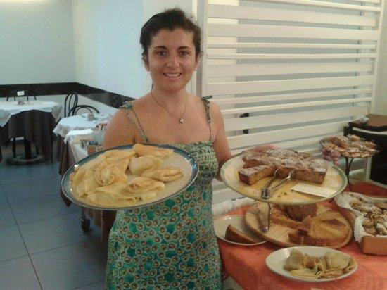 Villa Lalla: Crepes e torte fatte in casa