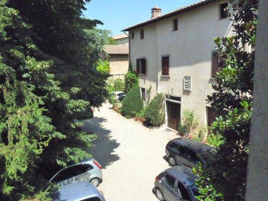 Fattoria Guicciardini: The courtyard from our window