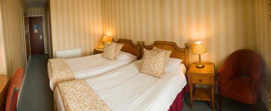 Leasowe Castle Hotel: twin room