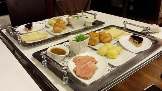 Le Manoir d'Agnes: 2 dîners surprise alors que le restaurant était fermé !