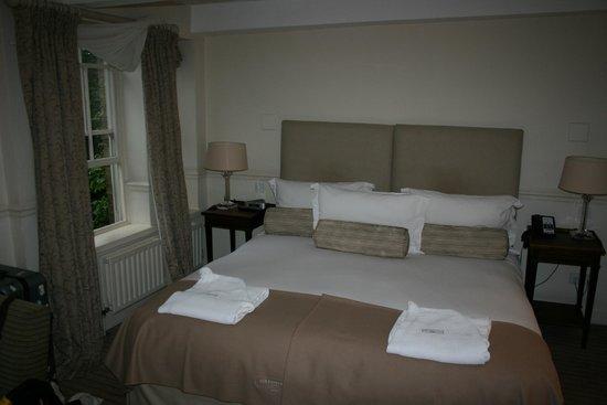 أولد بارسوناج هوتل: Comfortable bedroom
