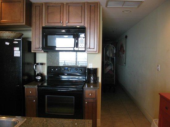 Sterling Breeze: Kitchen