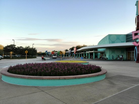 Disney's Pop Century Resort: entrada