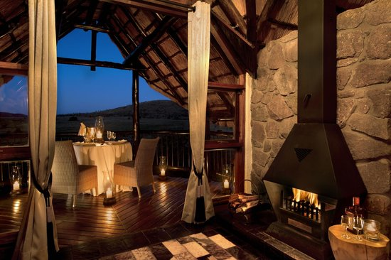 Tshukudu Bush Lodge: Chalet Dining