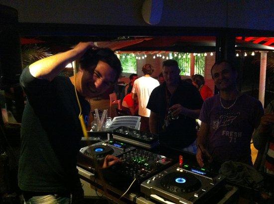 Restaurant le Mata : DJ