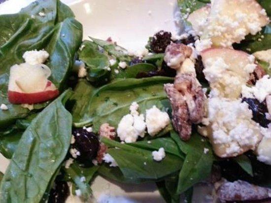 Mellow Mushroom: Enlightened Spinach Salad