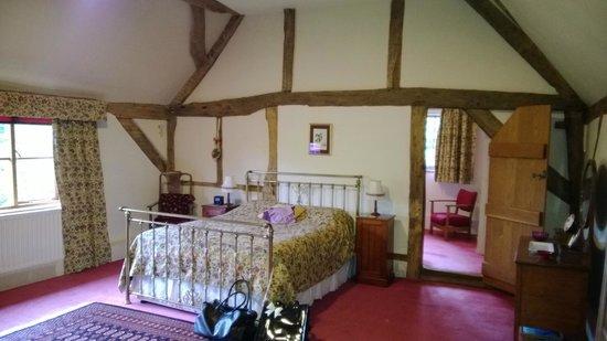 Barnacle Hall: Bedroom view 1